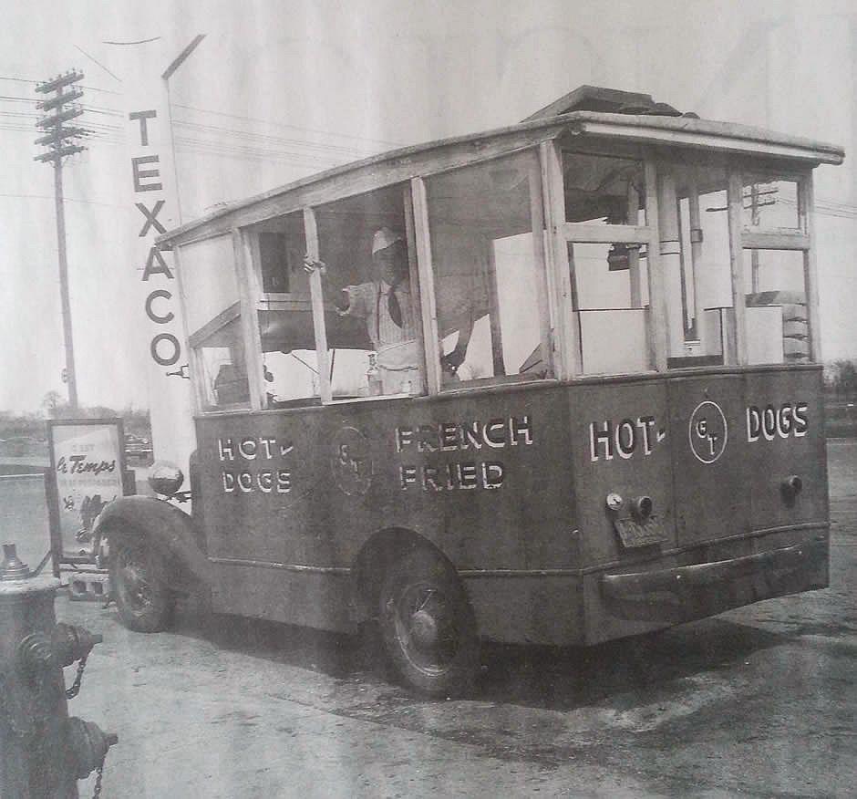 hot dog truck940x876